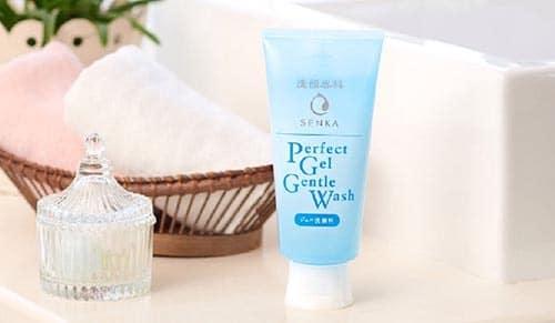 4-6-senka-perfect-gentle-wash